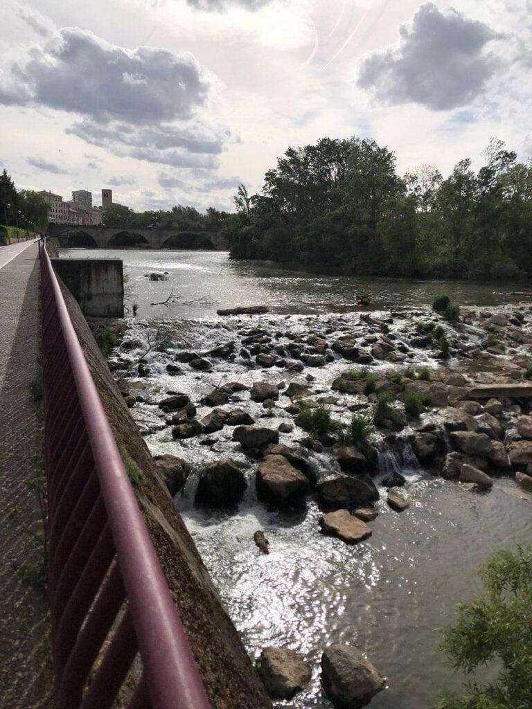 Paseo De La Florida Rio Ebro